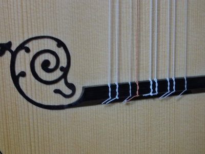 Baroque Guitar-04.jpg